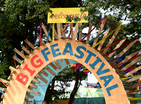 GV of entry arch into 2017 Big Feastival site