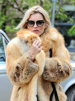 Kate Moss wears fur coat to local pub - 3rd May, 2015