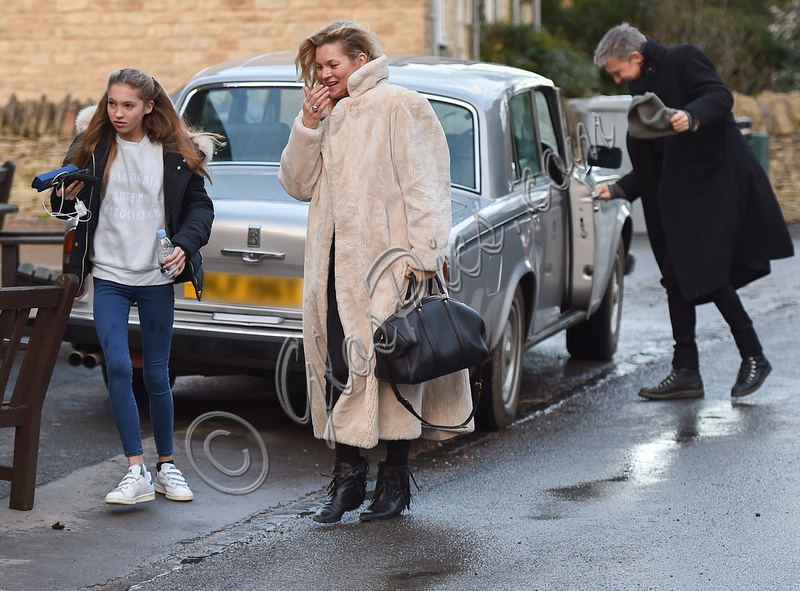 GlosPics | Kate Moss celebrates Christmas with her Ex Jefferson Hack