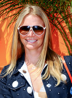 Jodie Kidd, portrait with sunglasses