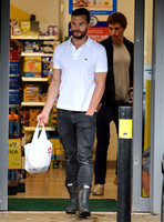 Jamie Dornan and Eddie Redmayne take down-to-earth trip to local Tesco Express store  - 19th August, 2016